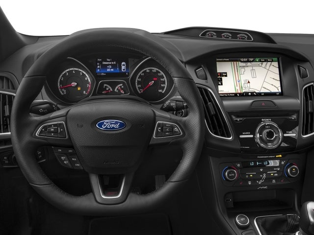 Ford Focus St In Tucson Az Holmes Tuttle Ford